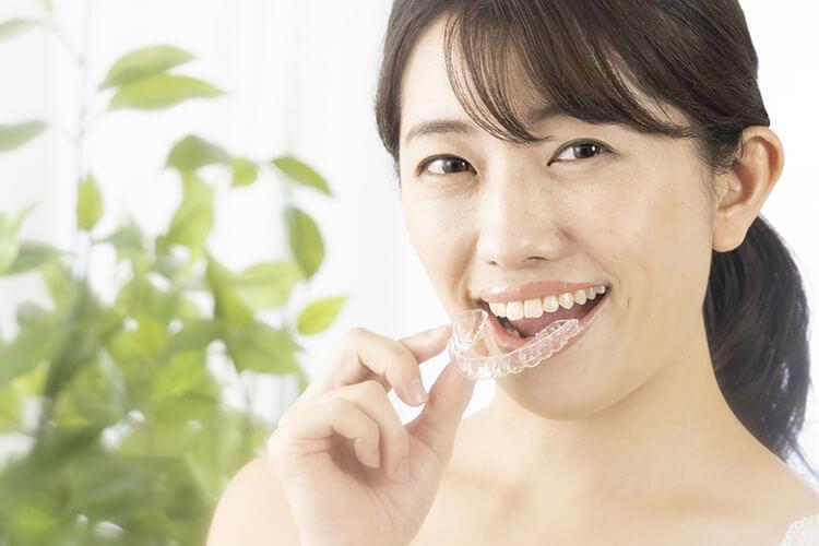 インビザラインで治る症例の歯と歯の隙間
